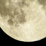 スマホ天体望遠鏡PANDAで撮影された月がすごい!奇跡の段ボール望遠鏡
